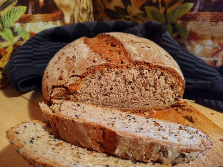 łatwy przepis na chleb pszenno-żytni