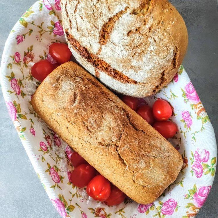 domowy chleb na zakwasie żytnim